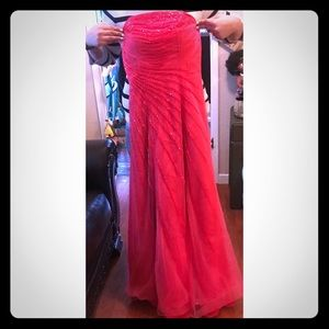 CACHE ' Coral Evening Gown 🌺🌺🌺